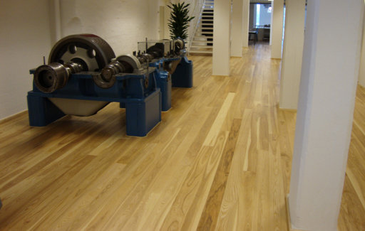 Junckers Dark Ash Solid Wood Flooring, Ultra Matt Lacquered, Classic, 140x20.5 mm Image 1