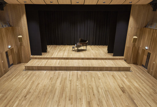 Junckers Solid Oak Plank Flooring, Ultra Matt Lacquered, Classic, 129x20.5 mm Image 3
