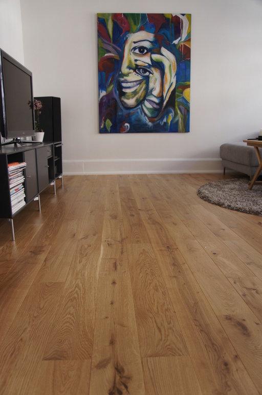 Junckers Solid Oak Wood Flooring, Silk Matt Lacquered, Variation, 140x20.5 mm Image 1