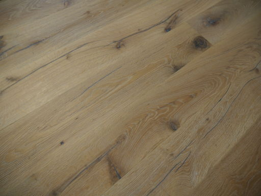Tradition Antique Oak Engineered Flooring, Rustic, Distressed, Brushed, White, 1900x20x190 mm Image 2