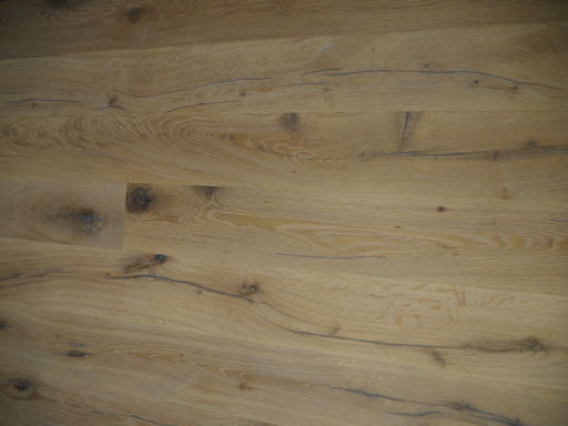 Tradition Antique Oak Engineered Flooring, Rustic, Distressed, Brushed, White, 1900x20x190 mm Image 3