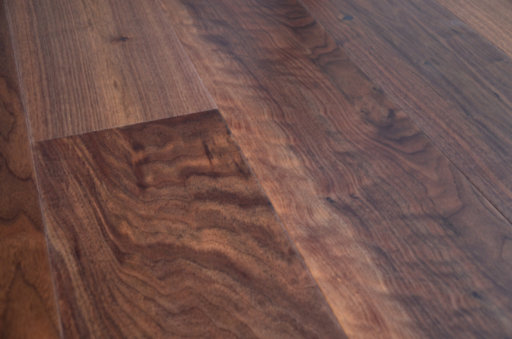 Tradition Engineered Walnut Flooring, Rustic, Lacquered, 1860x20x190 mm Image 2