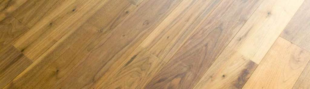What makes oak engineered wood flooring different?