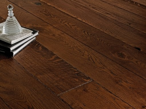 Chene Antique Coffee Oak Engineered Flooring, Distressed Bevel, 150x6x20 mm