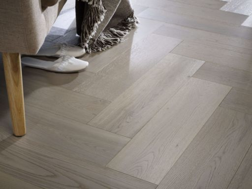 Chene Herringbone Engineered Grey Oak Flooring, Brushed, UV Oiled 600x150x14 mm