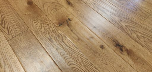Tradition Golden Engineered Oak Flooring, Rustic, Handscraped, Lacquered, 125x4x18 mm